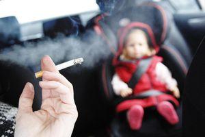 Hút thuốc lá thụ động ảnh hưởng tới trẻ em như thế nào?
