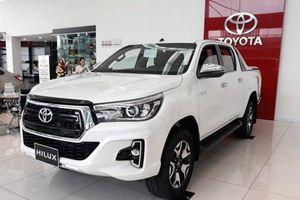 Cận cảnh Toyota Hilux 2018 tại Việt Nam vừa tăng giá thêm 22 triệu đồng