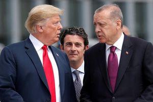 Mỹ trừng phạt 2 bộ trưởng Thổ Nhĩ Kỳ vì vụ bắt giam mục sư