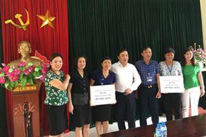Ngành GD&ĐT Hà Nội: Hỗ trợ 200 triệu đồng cho 2 trường mầm non huyện Quốc Oai