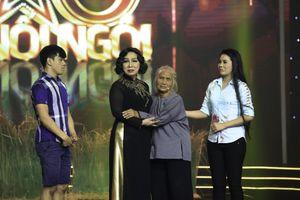 NSND Bạch Tuyết xúc động khi nghệ sĩ Hồng Sáp trở lại sân khấu Sao Nối Ngôi