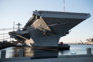 Chiêm ngưỡng tàu sân bay Gerald R. Ford lớn nhất thế giới