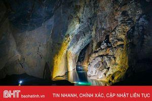 Ngất ngây với vẻ đẹp của 'Bức tường Việt Nam' trong hang Sơn Đoòng