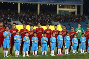 HLV Park Hang-seo lo vá lỗ hổng nơi hàng phòng ngự trong trận gặp U.23 Oman