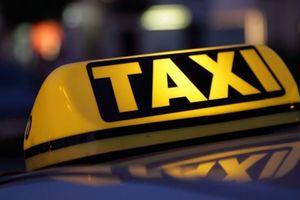 Bỏ nội dung yêu cầu xe 'taxi' dạng Grab phải gắn 'mào'