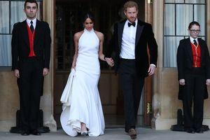 Những bộ cánh giúp Công nương Meghan Markle lọt danh sách những người mặc đẹp nhất nước Anh