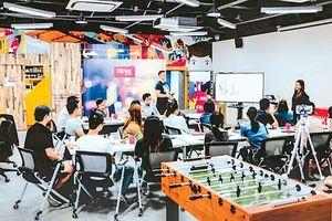 Fintech- kinh nghiệm tiếp cận từ Singapore