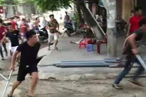 Hà Nội: 5 người cùng nhà bị truy sát phải nhập viện
