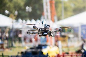Quân đội Mỹ sẽ sử dụng vũ khí sóng ngắn cực mạnh để bắn hạ drone trong chiến đấu