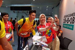 Tình nguyện viên ASIAD 2018 mê đội tuyển Olympic Việt Nam