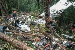 Indonesia: Rơi máy bay gây thương vong lớn