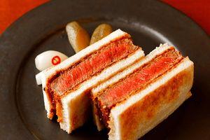 Món sandwich bò Kobe ngon mê mẩn ở Nhật