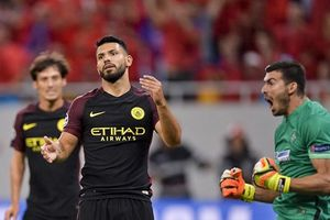 Công Phượng đừng lo, Aguero từng sút hỏng 2 quả penalty trong trận