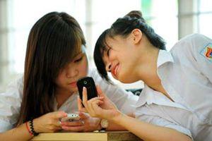Giáo viên, học sinh Hà Nội không được dùng điện thoại trong giờ học, giờ sinh hoạt lớp