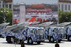 Tên lửa chống hạm siêu âm tối tân nhất Trung Quốc nhái thiết kế Mỹ?