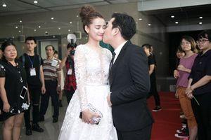 Rộ tin đồn Nhã Phương - Trường Giang sẽ đính hôn vào ngày 24/8