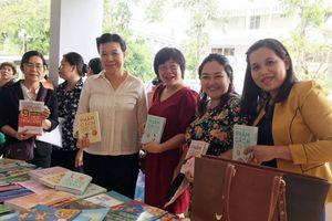 Cần Thơ: 200 phụ nữ hào hứng với sách khởi nghiệp và phát triển bền vững