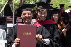 9 tiết lộ về sinh viên tốt nghiệp Đại học Harvard