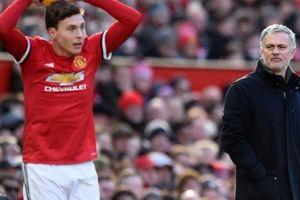 Mourinho tiết lộ ngôi sao bị 'ngược đãi' ở M.U