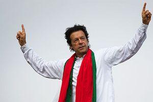 Bất ngờ thân thế tân Thủ tướng Pakistan vừa nhậm chức