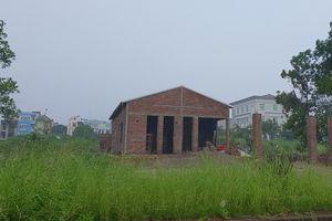 Quảng Ninh: Người dân xây nhà phá vỡ quy hoạch, ai thổi phạt?