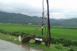 Huyện miền núi Nghệ An sống trong cảnh mất điện kéo dài