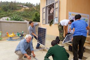 Đủ điện cho lớp học và dân sinh: Kỳ vọng từ năng lượng tái tạo