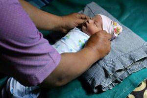 Vợ chồng người Indonesia đặt tên con gái là... Asian Games