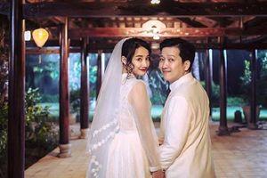 Showbiz 23/8: Trường Giang di chuyển ra Đà Nẵng chuẩn bị đính hôn
