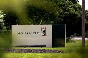 Việt Nam yêu cầu công ty Monsanto bồi thường cho nạn nhân chất độc da cam