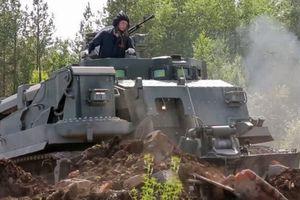 Soi 'quái thú' bọc thép 55 tấn của Putin khiến phương Tây lạnh gáy