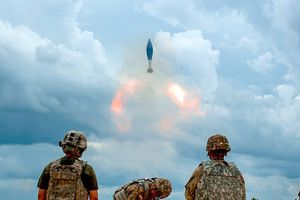 Mỹ muốn có 3 vũ khí mới được cho là có thể 'thổi bay' Nga và Trung Quốc