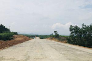 Dồn lực cuối năm thông tuyến La Sơn - Túy Loan