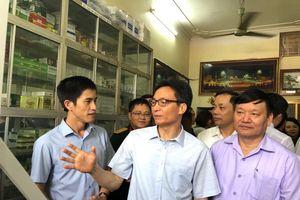 Bộ trưởng Y tế: Việt Nam sẽ 'chia tay' hình ảnh mua thuốc dễ như mua rau