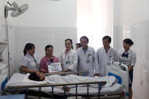 Tai nạn thảm khốc, 13 người chết ở Quảng Nam: Trao gần 2,5 tỷ đồng cho 4 nạn nhân còn sống
