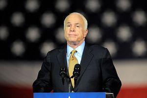 Thượng nghị sĩ John McCain qua đời ở tuổi 81