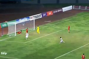 Xem lại bàn thắng 'xé lưới' Olympic Syria của Văn Toàn