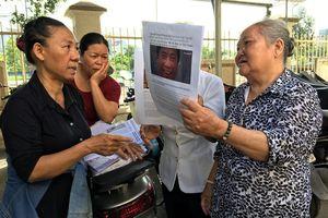 Người dân Thủ Thiêm phản ứng khi vụ kiện UBND quận 2 bị hoãn