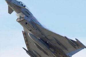 Chiến đấu cơ Anh bị tố áp sát nguy hiểm máy bay Nga ở Biển Đen