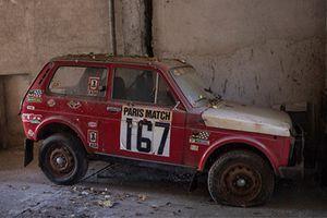 Xe ôtô Nga, Lada Niva 1981 gỉ sét giá 2,3 tỷ đồng