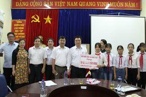 Thứ trưởng Nguyễn Hữu Độ khảo sát công tác chuẩn bị năm học mới tại Lai Châu
