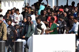 Italy và Hungary chia sẻ quan điểm cứng rắn về người di cư