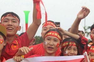 Hàng nghìn 'bóng hồng' xứ Nghệ cổ vũ cho trận bán kết U23 Việt Nam - U23 Hàn Quốc