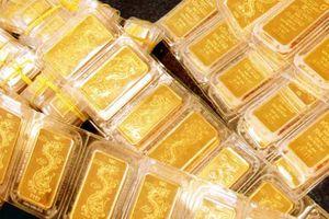Giá vàng tiếp tục tụt lùi