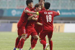 Sự đối lập tài năng giữa các cầu thủ và quan chức trong làng bóng Việt