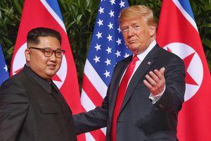 Ông Trump: 'Nồng ấm với Kim Jong-un, không cần tốn tiền tập trận với Hàn Quốc'