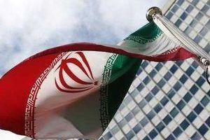 Người Iran mua hộ chiếu giả né lệnh trừng phạt