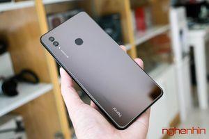 Trên tay Honor Note 10: phablet 6,9 inch cho game thủ chính hiệu