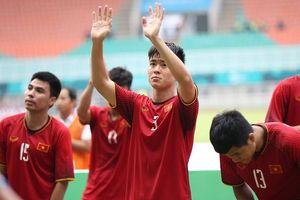 Khoảnh khắc: Dàn cầu thủ Olympic Việt Nam chia sẻ nỗi buồn cùng người hâm mộ