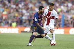 Ronaldo tịt ngòi, Messi ghi bàn 'như máy' lập kỷ lục La Liga